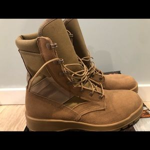 US Army Desert tan hot weather combat boots